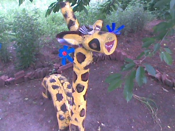 Жираф своими руками для сада фото 73